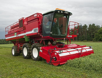 PMC Harvesters: New 989 self-propelled pea harvester introduced