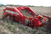 Grimme: Two-row WR200 windrower launched