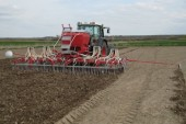 Kongskilde: Vibro Seeder cultivator drill combination