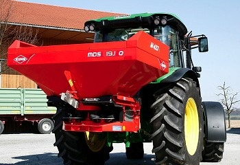 Kuhn: New MDS fertiliser spreaders added to range