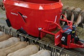 Kuhn: Profile compact diet feeder for restrictive buildings