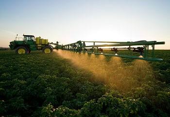 John Deere: Flagship sprayer improved for 2011