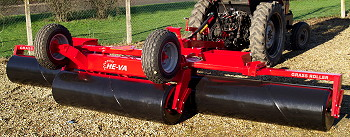 Opico: Lower-cost He-Va folding grass roller