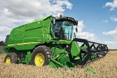 John Deere: W and T Series combines updated for 2012