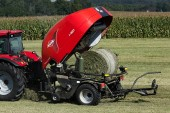 Kuhn: New compact baler-wrapper combination