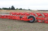 Kuhn: Multi-Leader extends semi-mounted plough range
