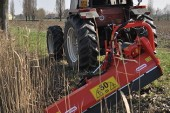 Opico: Flail mower has left-hand offset