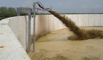 Storth Machinery: Dual-action slurry mixer resolves sediment problems