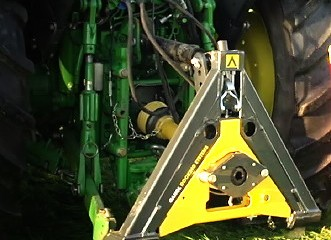 Gangl Docking Systems: Coupling system revolutionises tractor work