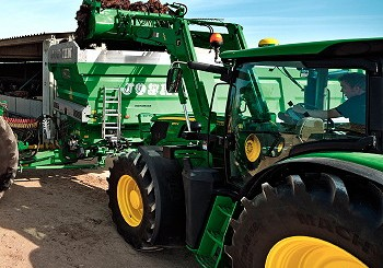 John Deere: Return-to-position option for front loaders