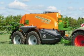 Amazone: Flagship UX11200 trailed sprayer launched