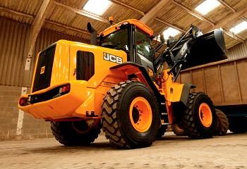 JCB: New-generation 427 and 437 wheeled loaders