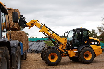 JCB: Increased productivity from new TM320 wheeled loaders