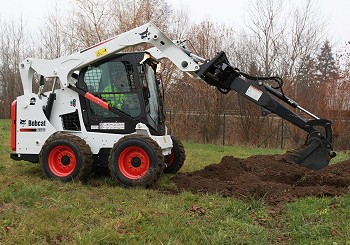 Bobcat: Extended range of skid-steer digging booms