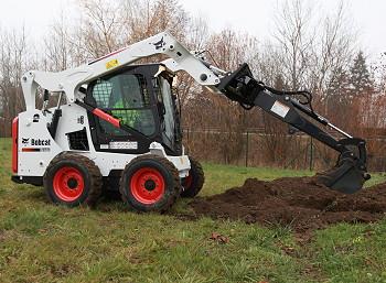Bobcat: Extended range of skid-steer digging booms