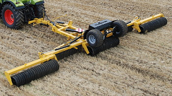 Claydon: New 12.3m rolls launched at Tillage Live