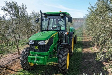 John Deere: Revised range of 5G speciality tractors revealed