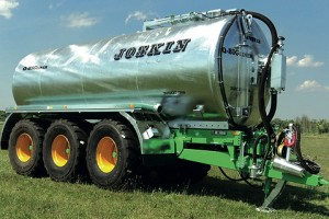Joskin: High-capacity Q-Bigliner tankers introduced