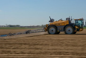 Challenger: RoGator 600C capable of spraying at 30km/hr