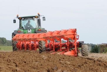 Kuhn: New Vari-Challenger semi-mounted variable-width plough