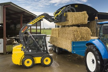 New Holland: New materials-handling kit to attend hands-on event
