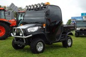 Kubota: Debut for show-edition RTV and tractor