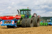 Duro-France: Czech farm invests in strip-till kit
