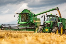 John Deere: Revised W- and T-Series combines for 2016