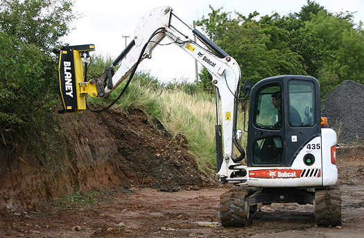 1508-Blaney_Excavator_head