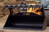 JCB: Versatile multi shovel for loading and handling