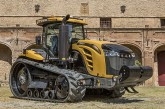 Challenger: Updated styling and operator comfort for 2016 MT900E tracked tractors