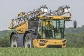 Challenger: New RoGator 600D with Vision Cab