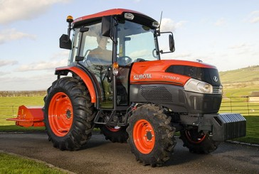 Kubota: Grand L40-II Series deluxe tractor set for launch