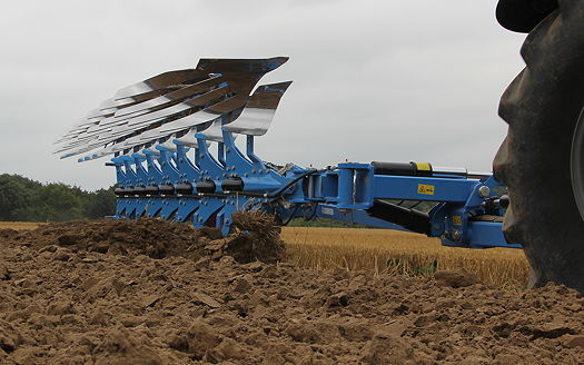 Lemken Diamant Semi Mounted Ploughs Now Feature Optiline