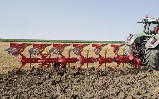 Pöttinger: The Servo 45S is a plough for tough applications
