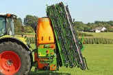 Amazone: UF mounted sprayer now also available with a 30m boom