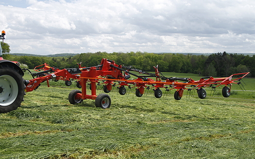 Kuhn: Super-sized gyrotedders get chassis and suspension updates for 2016