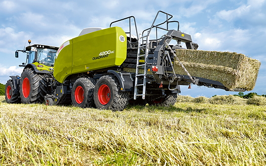 1608-Claas_Quadrant_4200RC_B