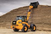JCB: Improved features and equipment for TM320 and TM320S telescopic wheeled loaders