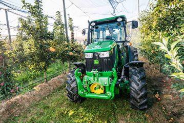 John Deere: New 5G Series specialist tractors unveiled