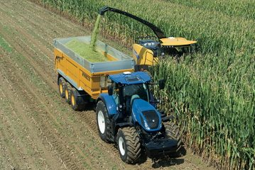 New Holland: FR Forage Cruiser measures crop nutrients on the go