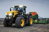 JCB: Fastrac 8000 Series makes its European debut in Paris