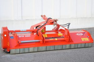 Kuhn: New left-hand offset shredders launched