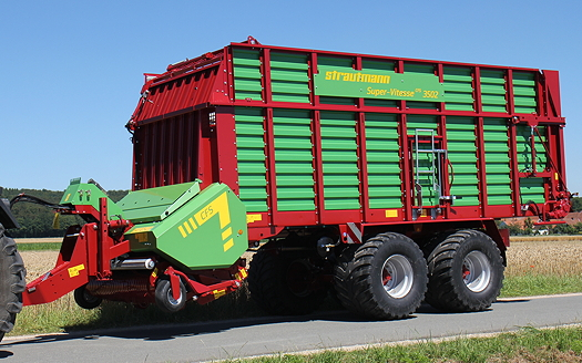 Strautmann: New features make forage wagon suitable as a maize trailer