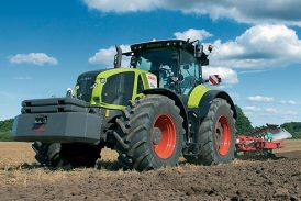 Claas: New-generation Axion 900 large tractors launched