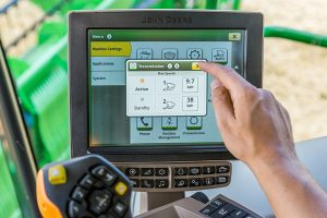 John Deere: New S700 combines are the most automated yet
