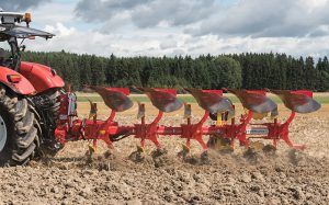 Pöttinger: Mid-range Servo 45M plough introduced