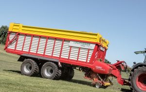 Pöttinger: New Torro Combiline 7010 and 8010 loader wagons launched