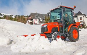 Starco: Improving compact tractor versatility