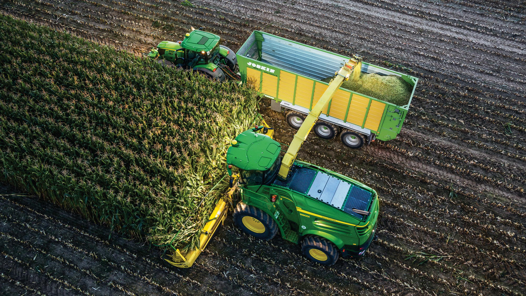 John Deere Machine Sync allows SPFHs to take control of tractors running alongside